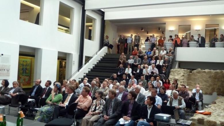 """Ausgangspunkt der Erneuerung: Der """"Volksparteikongress"""" Ende Mai 2011 in Siegburg"""