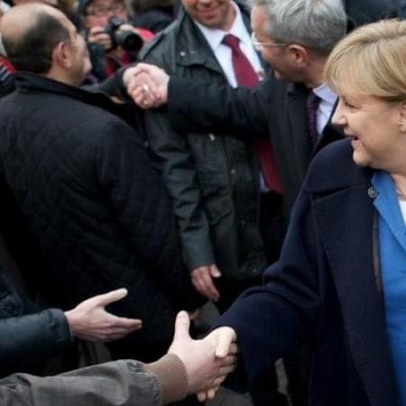 Bundeskanzlerin Angela Merkel und Norbert Röttgen in Bonn (April 2012)